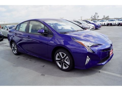 New 2018 Toyota Prius Three Touring
